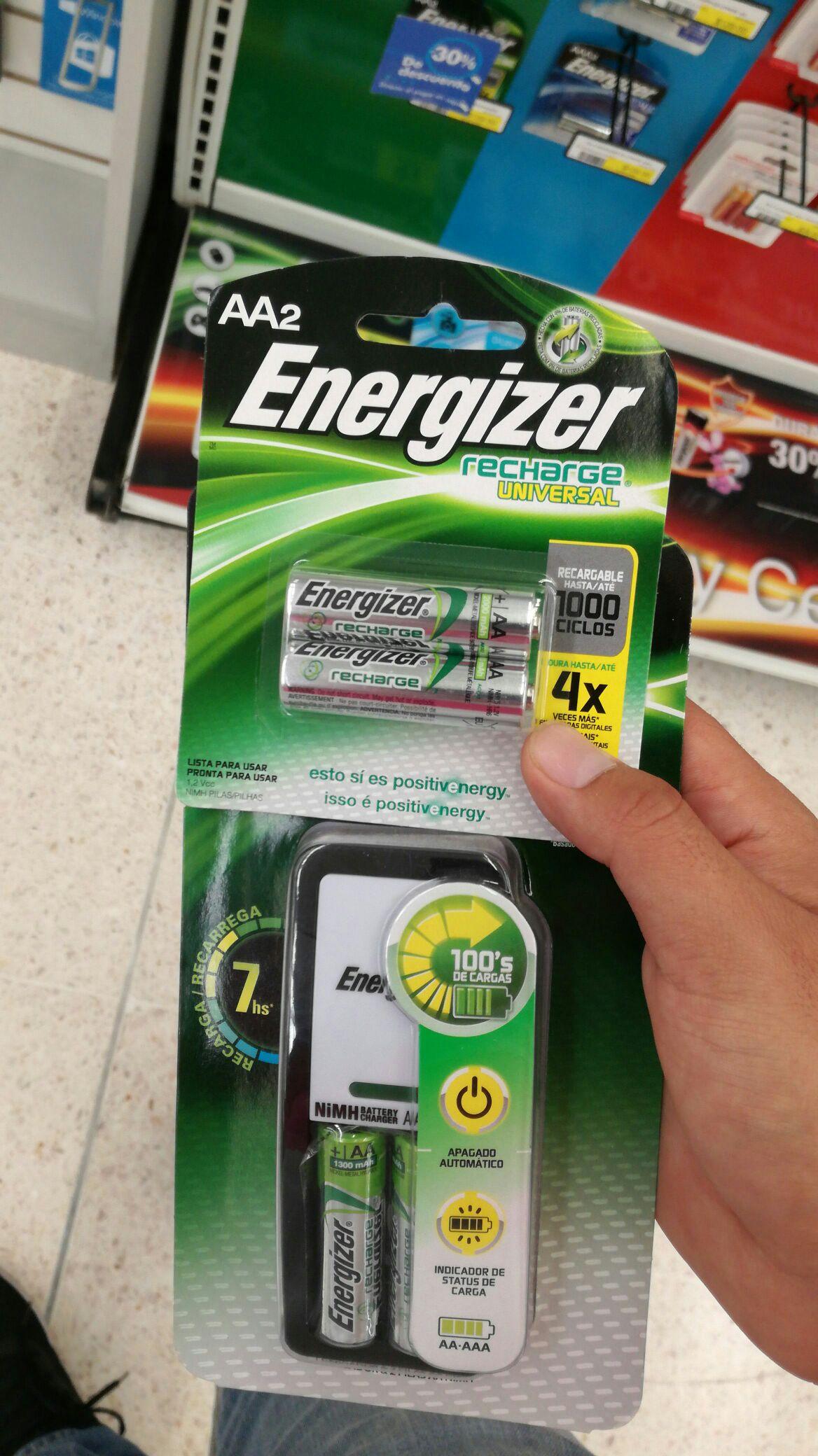 Office Depot: Cargador de pilas Energizer + 2 pilas AA recargables