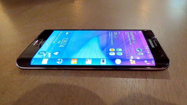 Linio: celular Samsung Galaxy Note EDGE 4G LTE $13,399