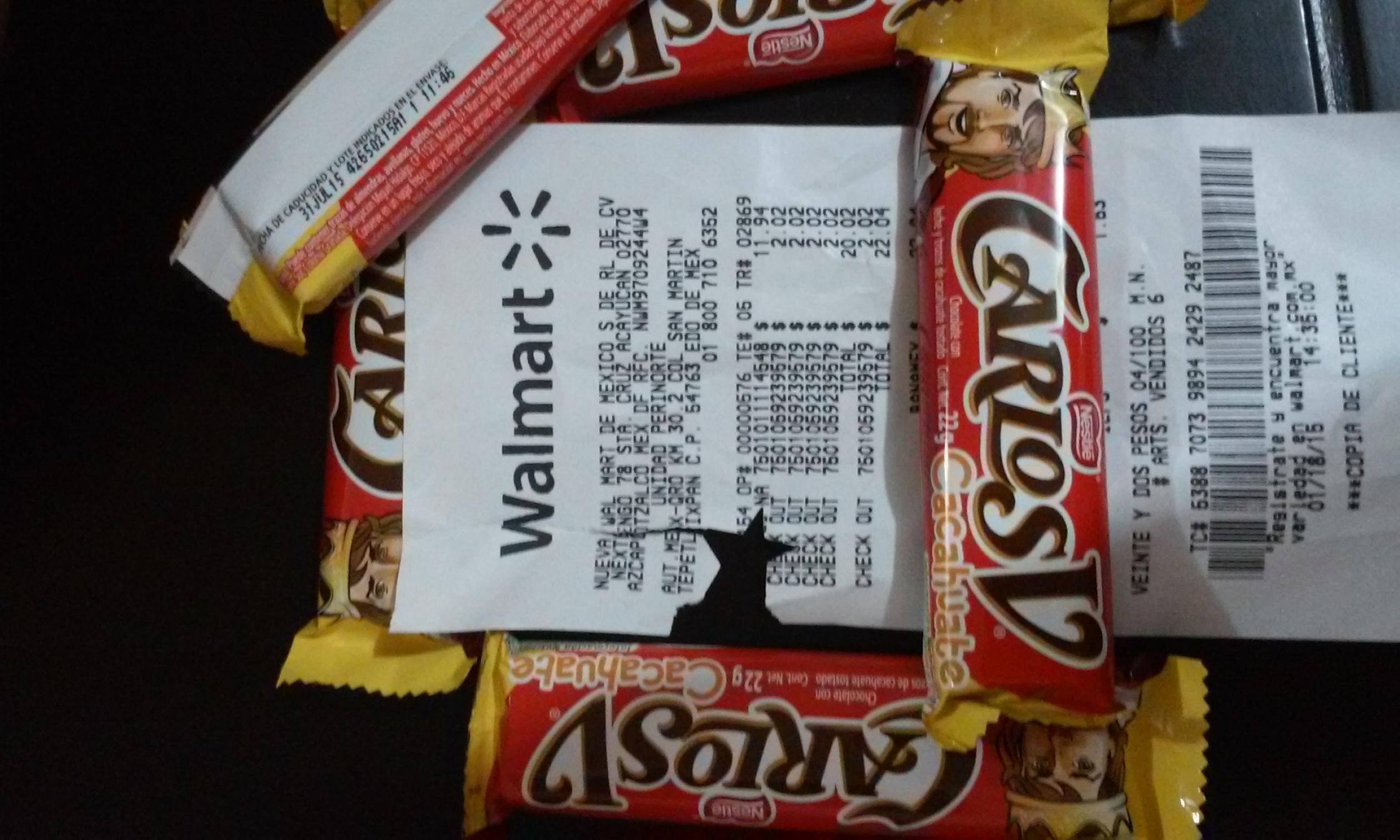 Walmart: chocolate CARLOS V Cacahuete $2