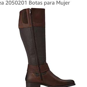Amazon: Botas ANDREA (solo #22)