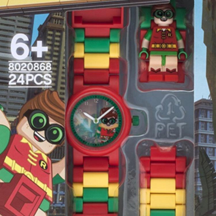 Amazon: Reloj lego robín