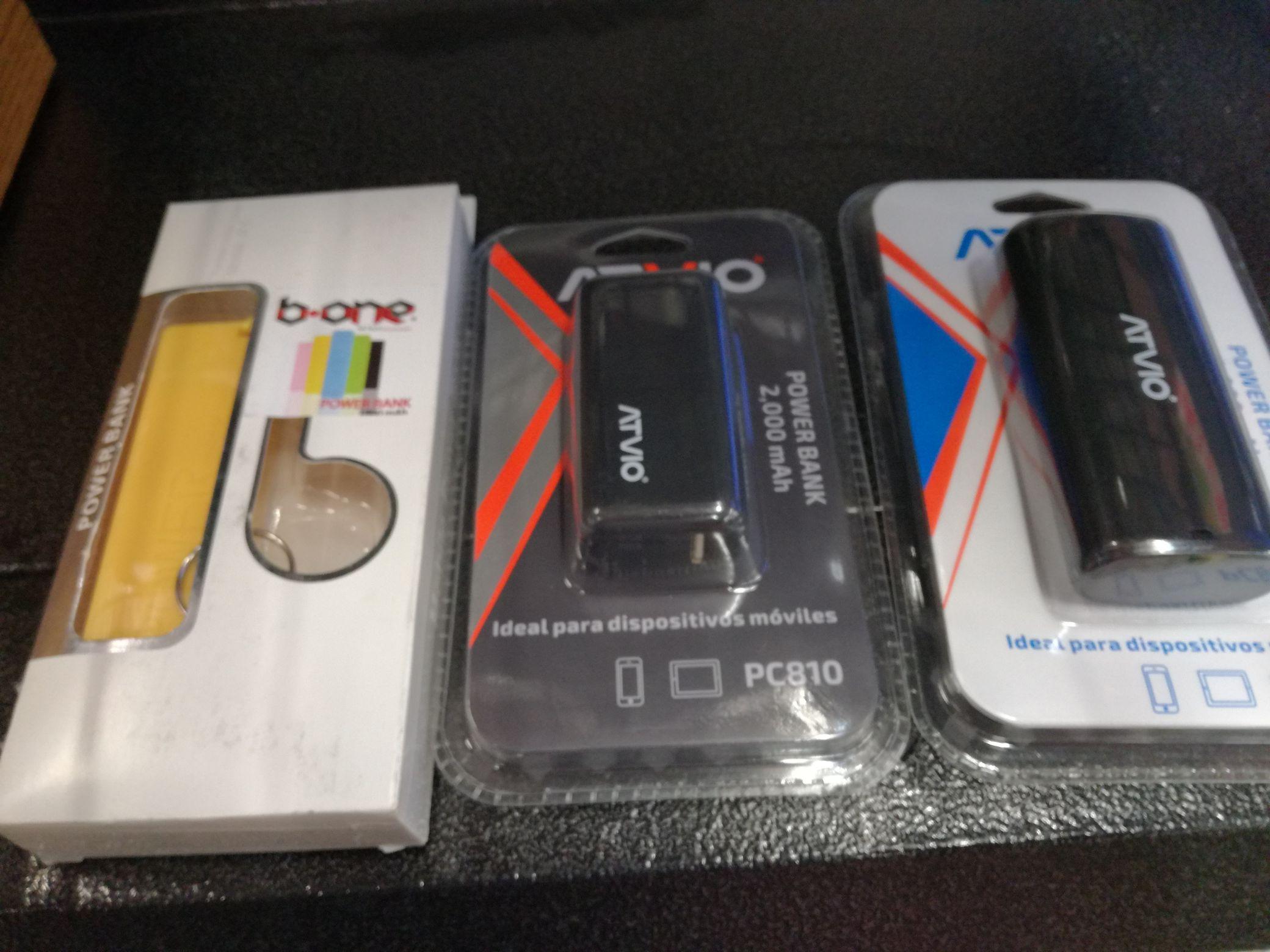 Bodega Aurrerá: Baterías portátiles de 4000 ,2000 mh y 1800 mh