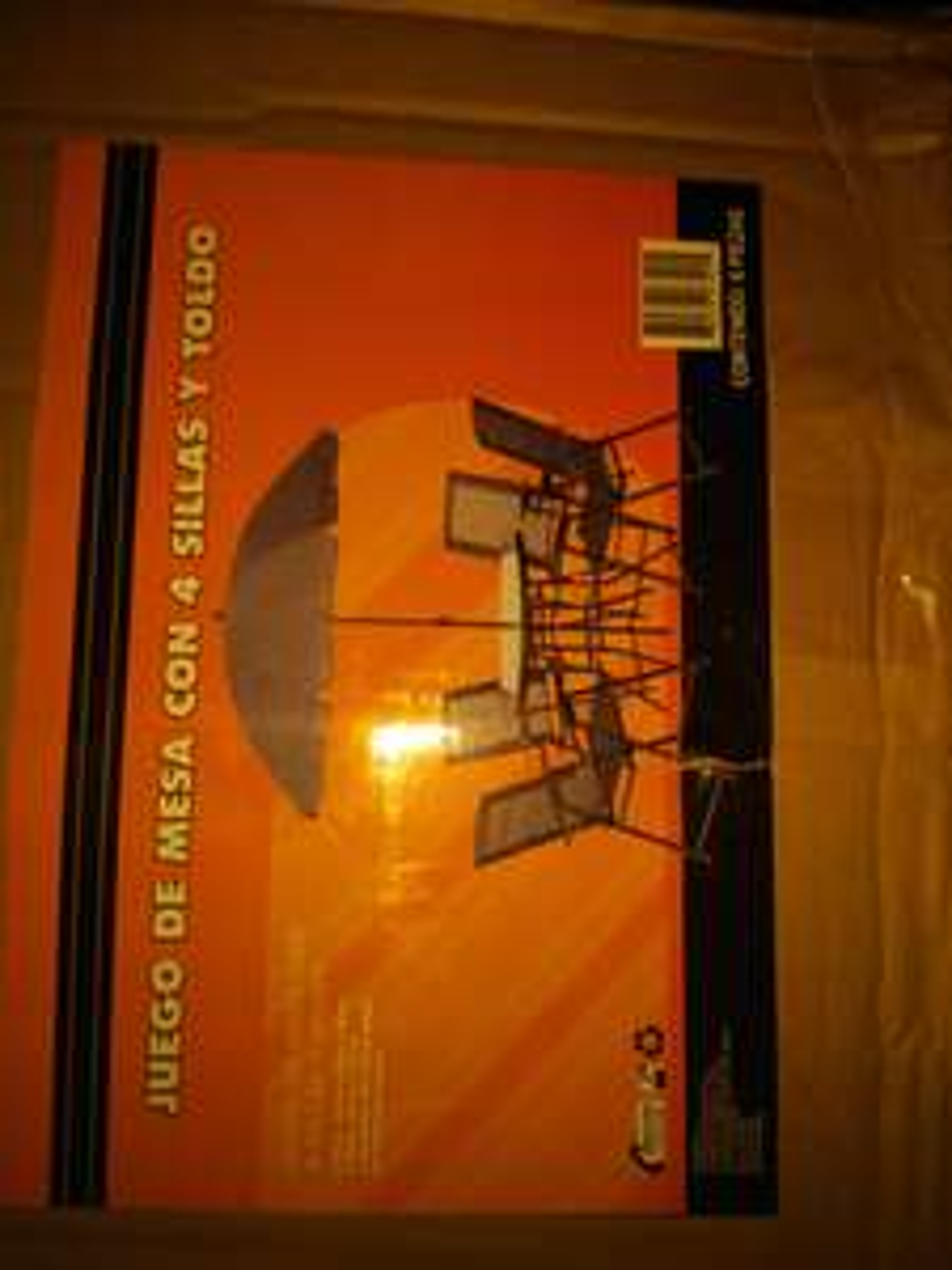 Set jardín 4 sillas  de 2898 a 1428 Comercial mexicana