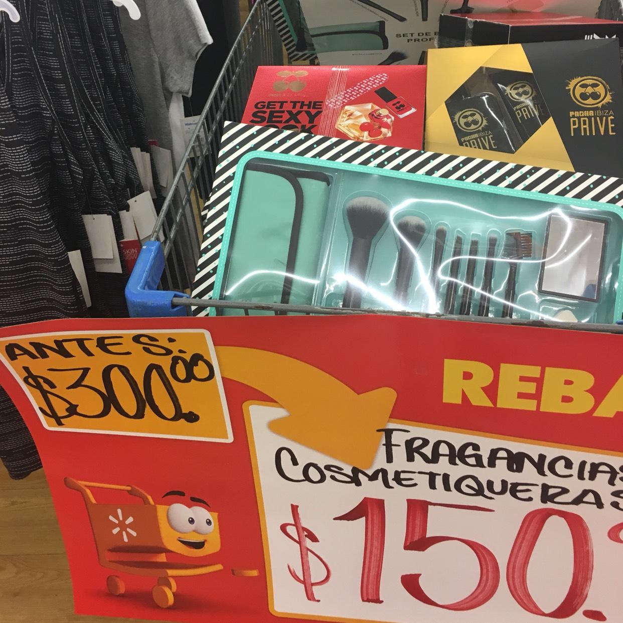 Walmart: Fragancias y cosmetiqueras!!