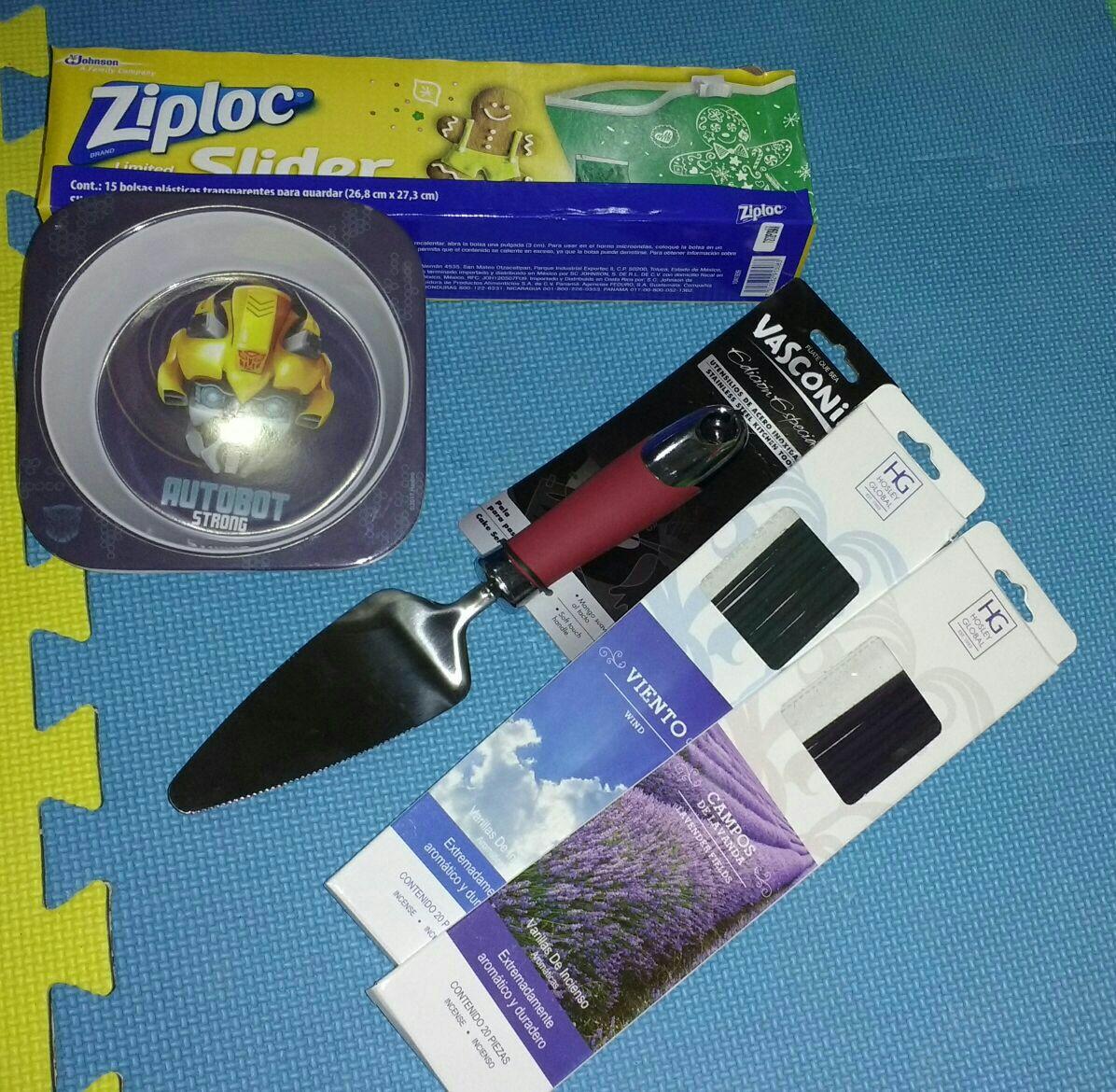 Walmart Oriente Tuxtla Gutiérrez: Ziploc bolsas navideñas a $15.03
