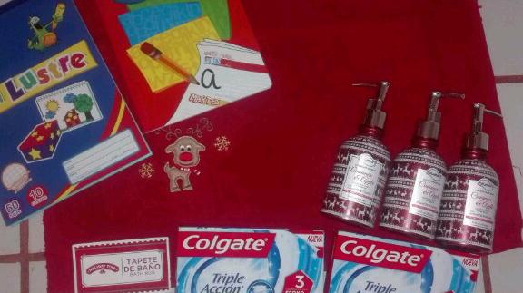 Walmart: Producto de temporada Navideña, madriguera y promorelato