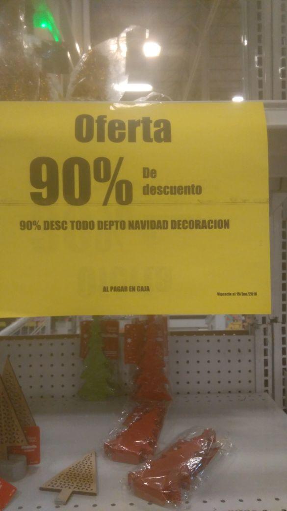 Soriana tienda Fisica: todas las cosas de navidad con un 90% de descuento.