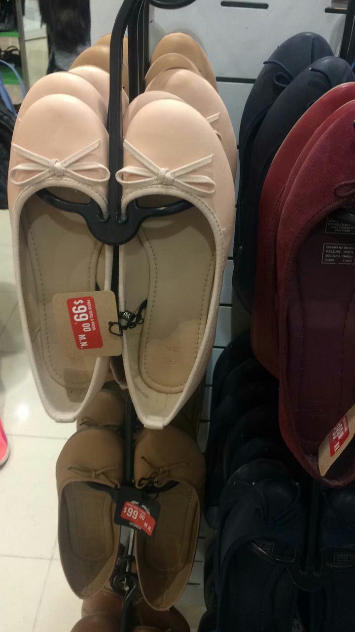 C&A: Varios zapatos de dama  en $99