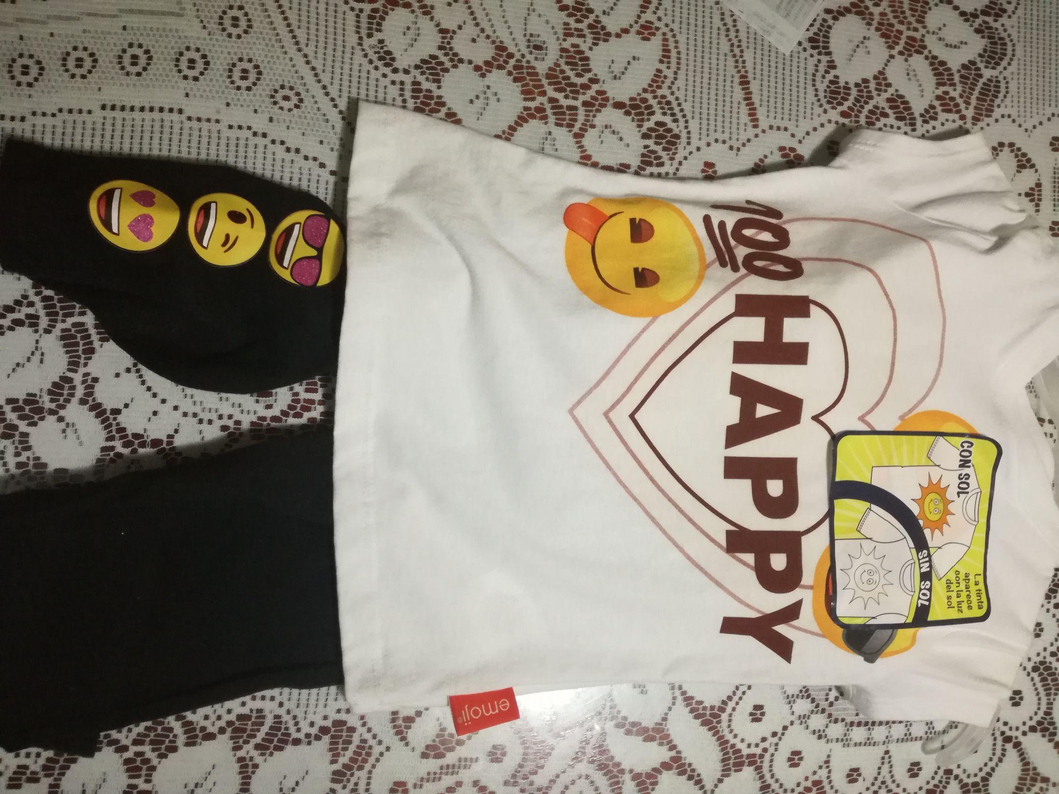 Walmart veracruz  pijama de emoji $20.01,playera de hombre $20.01,zapatitos de bebe $2.01,corpiño de niña $10.02