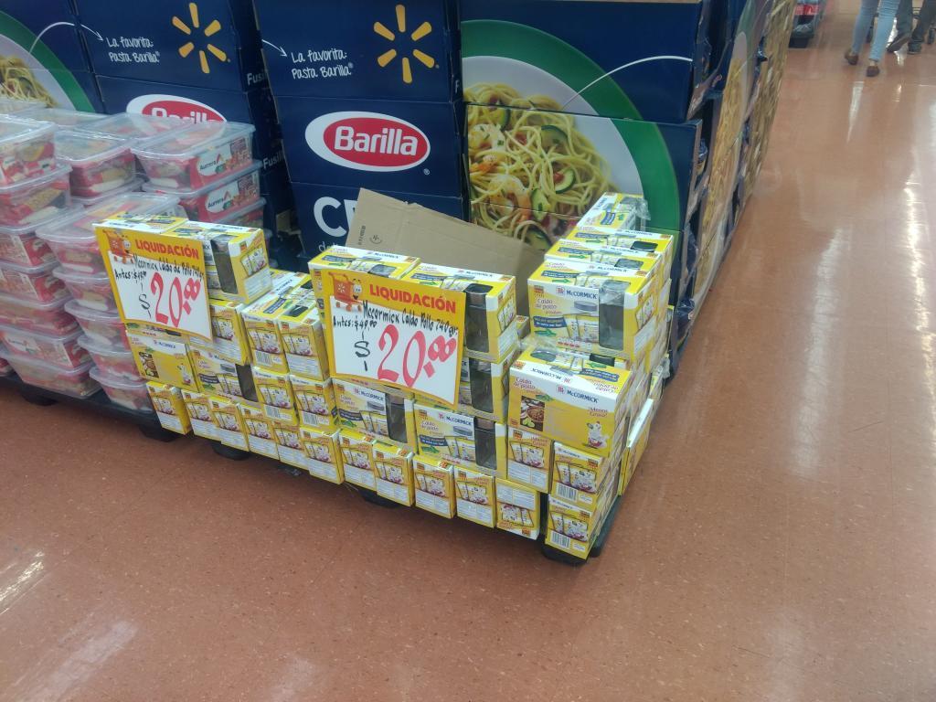 Walmart: Mccormick caldo de pollo 740gr con recipiente vidrio