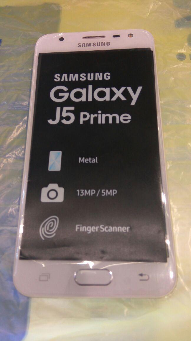 Coppel: Samsung j5 prime