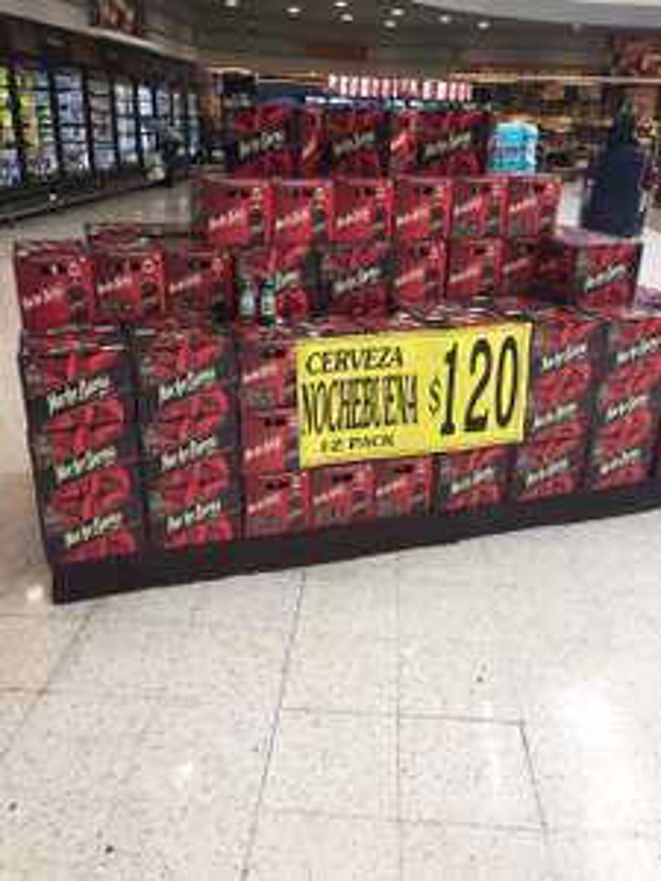 Soriana: Cartón de cerveza Nochebuena a 120