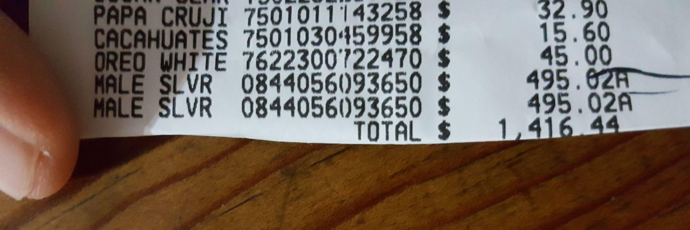 Walmart Macroplaza Pto Vallarta: Maleta lucas de 61cm y 71 cm, Agua levite y Bolsa de dormir en liquidación