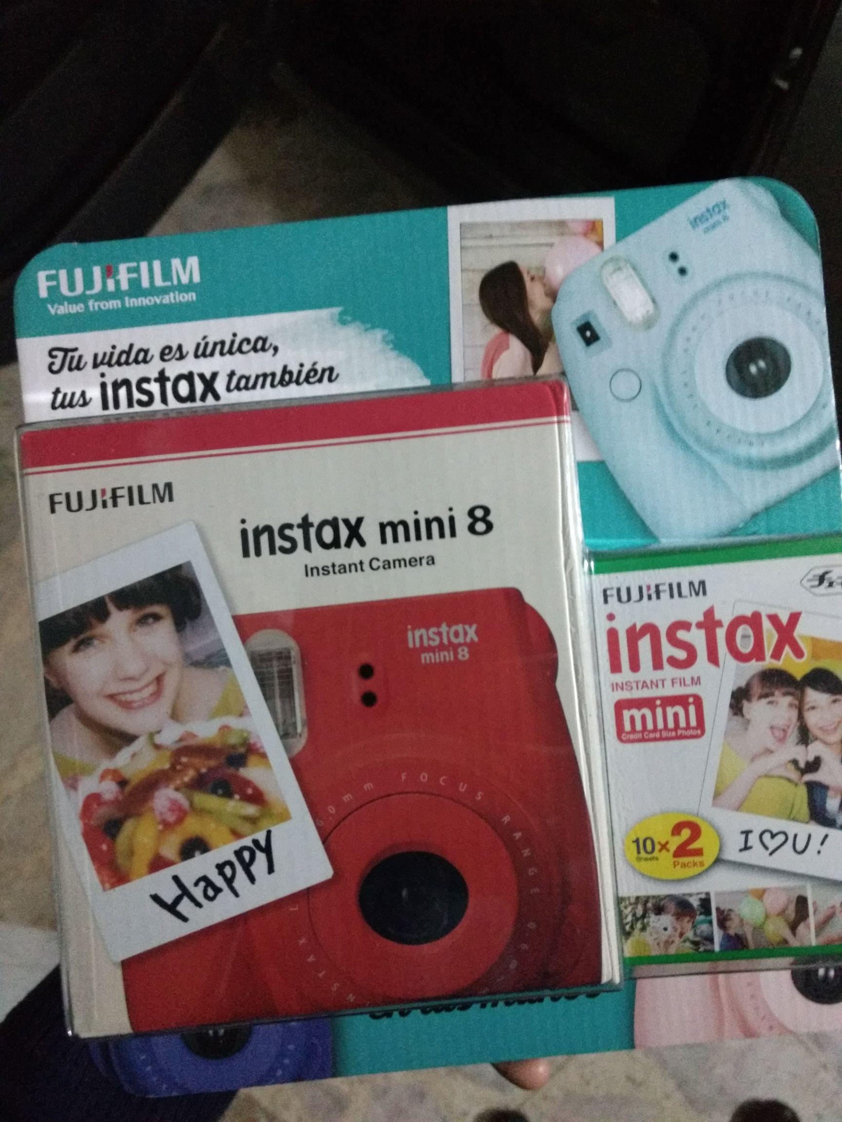 Walmart Plateros: Fujifilm Instax Mini 8 Frambuesa