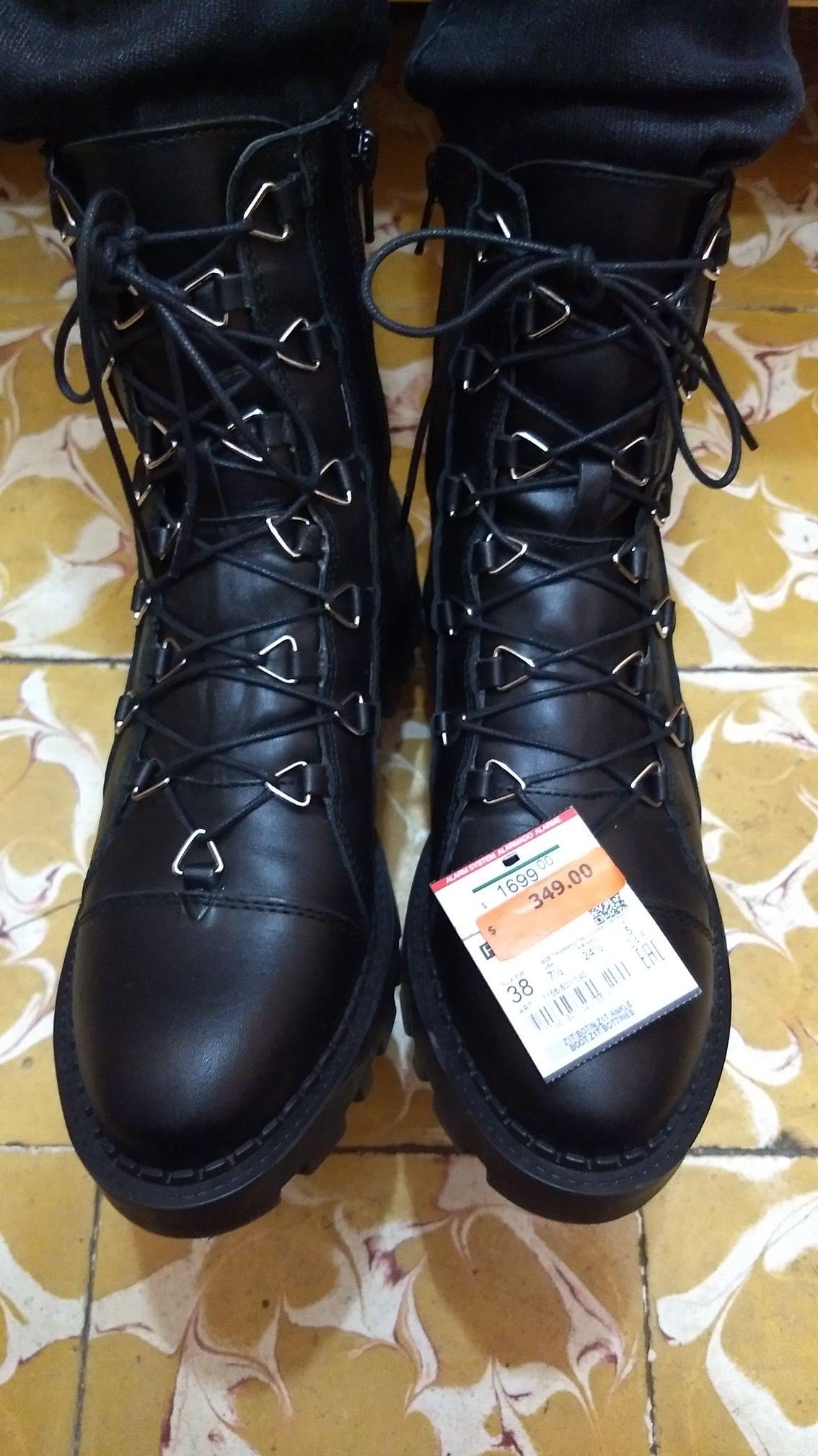 Zara: botas de piel de $1699 a $349