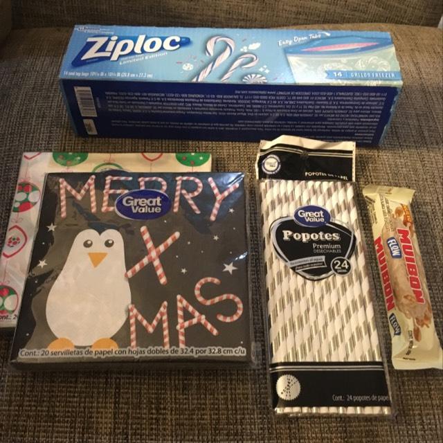 Walmart: Bolsas Ziploc, Servilletas Navideñas, Popotes y Chocolate Muibon