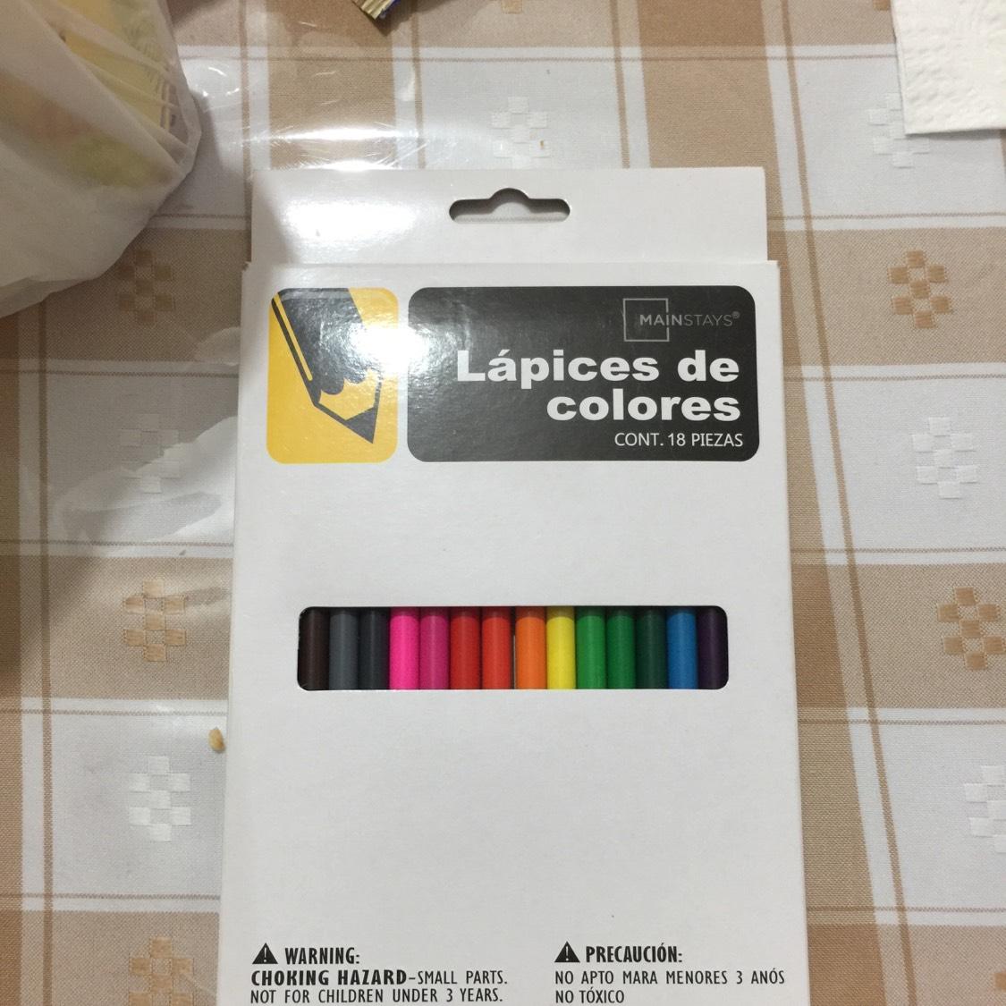 Walmart Plaza México GDL: liquidación de lápices de colores