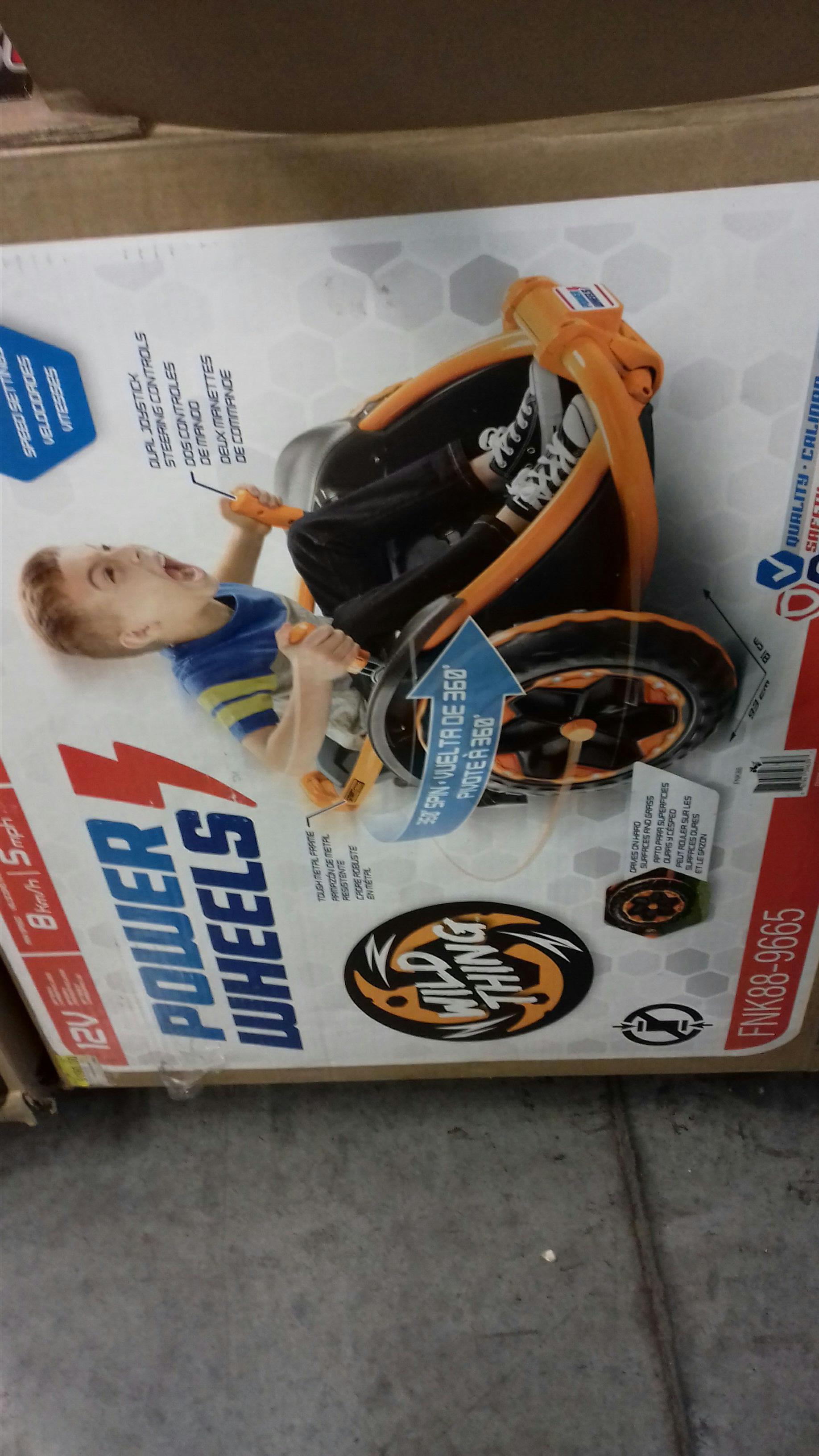 Bodega Aurrerá: carro power  wheels wild th de de $5,150 a solo $3,620.03 (mas montable y juegos playmovil)