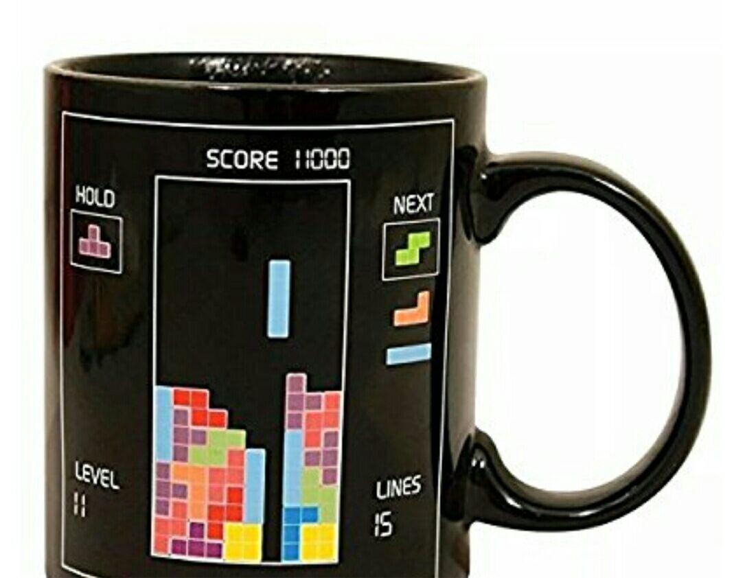 Amazon: Taza de Tetris (cambia de color con la bebida caliente) (Prime).