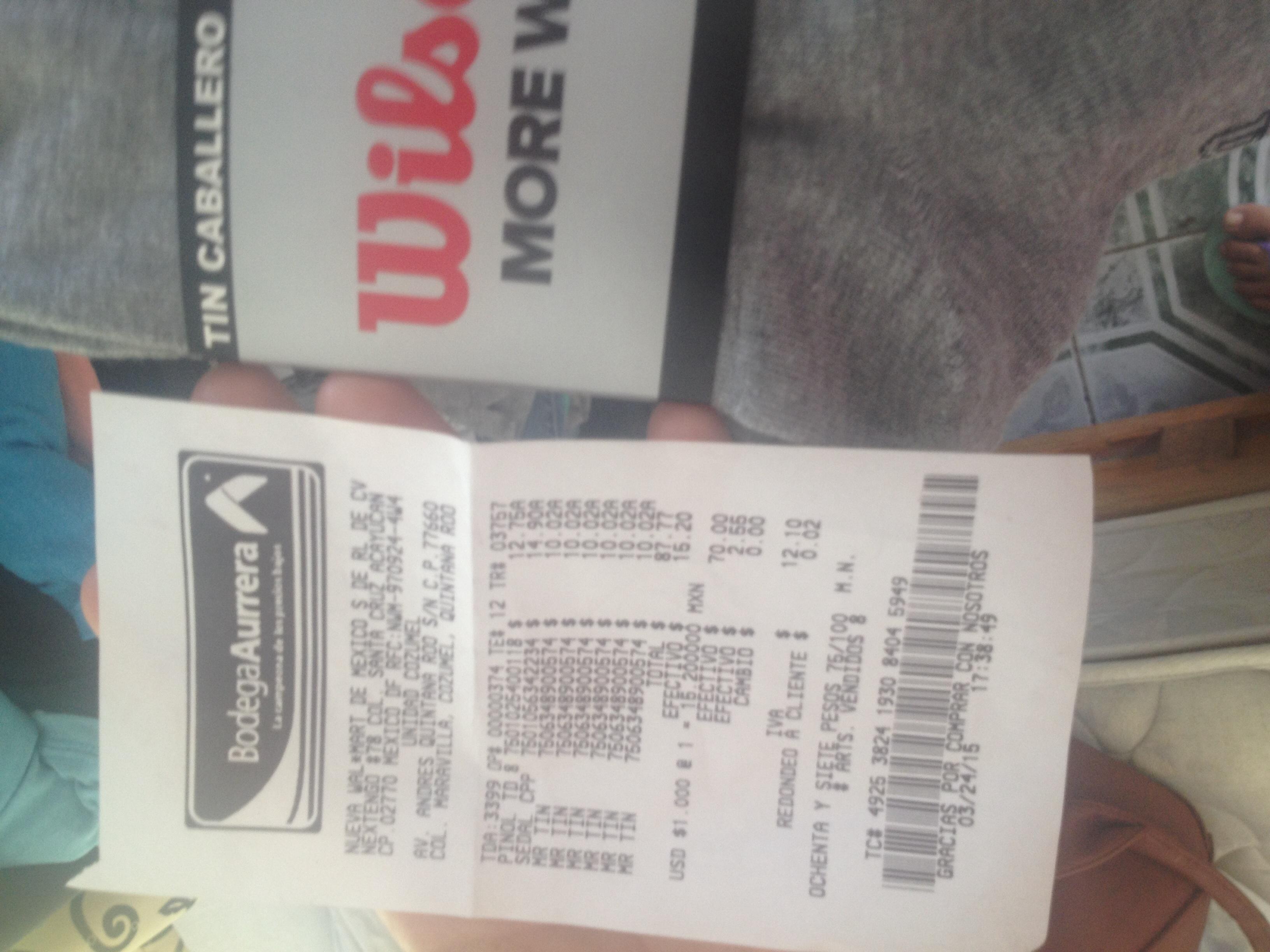 Bodega Aurrerá: paquete de 3 pares de tines Wilson $10.02