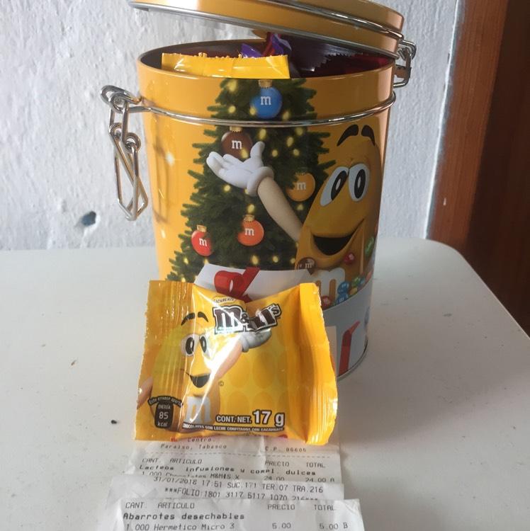 Chedraui: Lata navideña m&ms