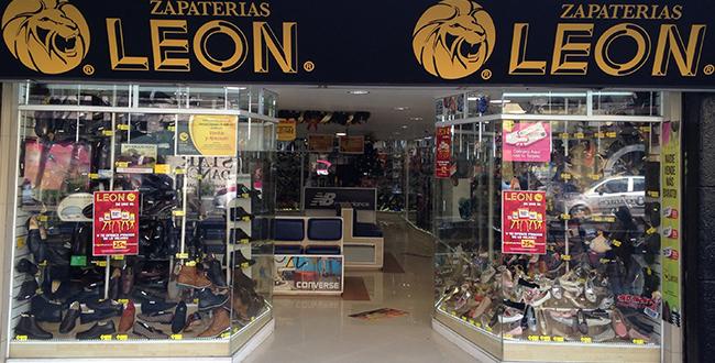 Zapaterías León: 15% de descuento en el total de la compra usando tarjetas Bancomer