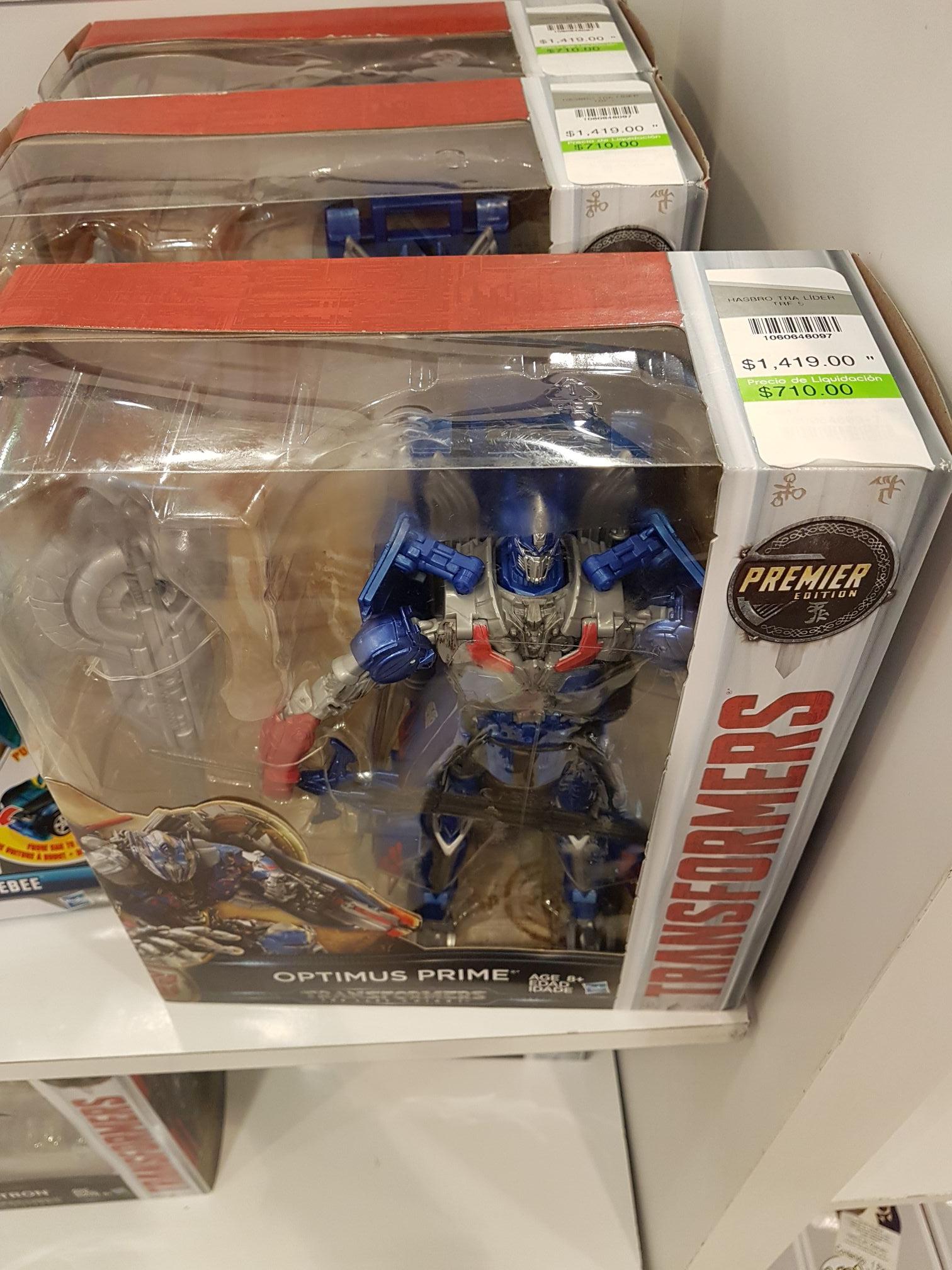 Liverpool: Figuras Transformers Optimus Prime, Megatron y Grimlock en liquidación