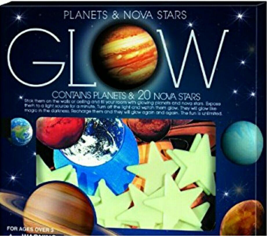 Amazon: Sistema solar y 20 estrellas para decorar cuarto (brillan en la oscuridad) (PRIME):