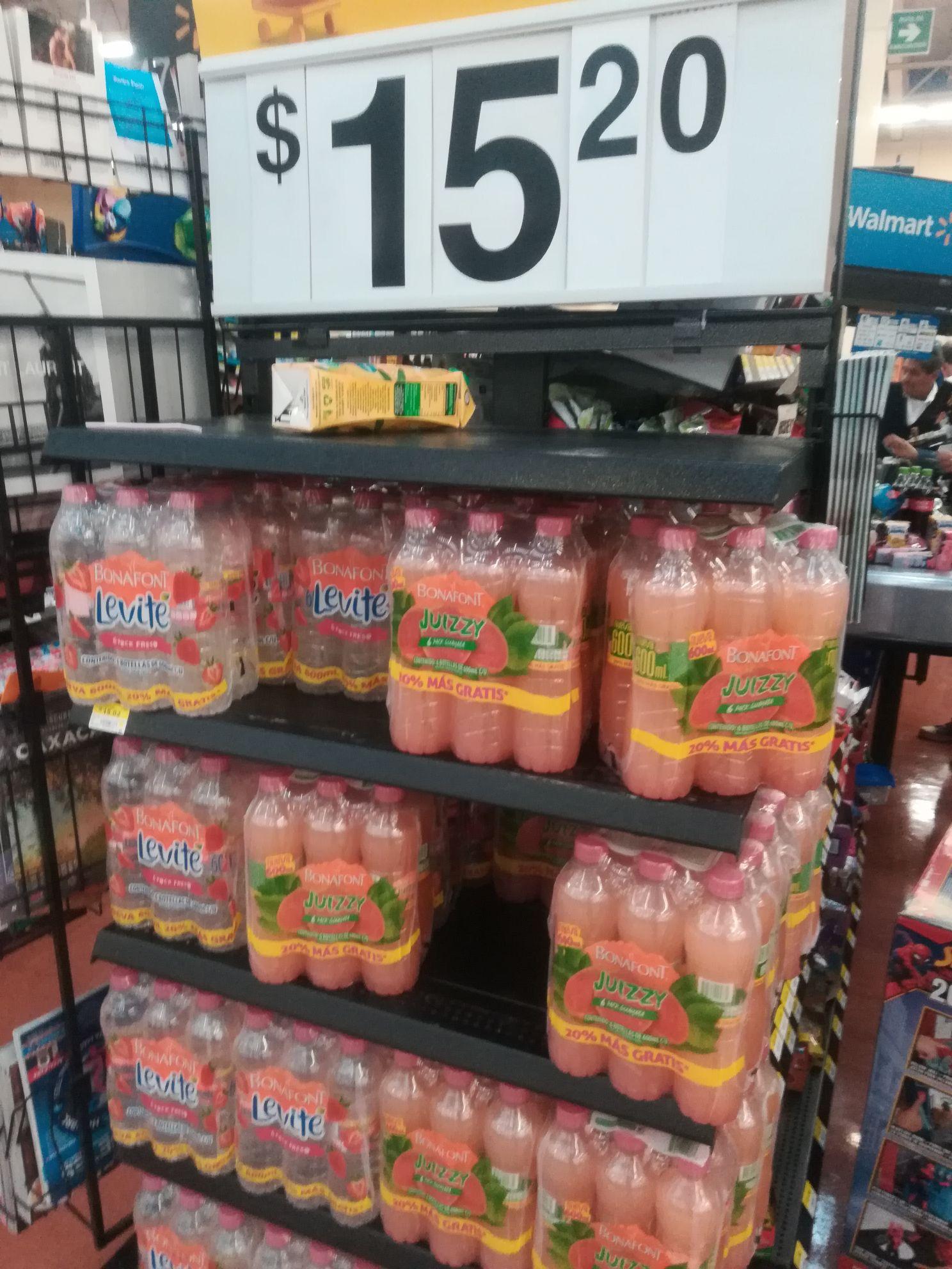 Walmart Cuitlahuac : 6 botellas de agua