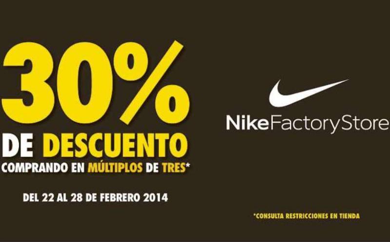 Nike Factory Store: 30% de descuento comprando de 3