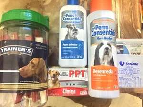 Soriana - Arts. Para Mascotas Grisi y Trainer's Choice