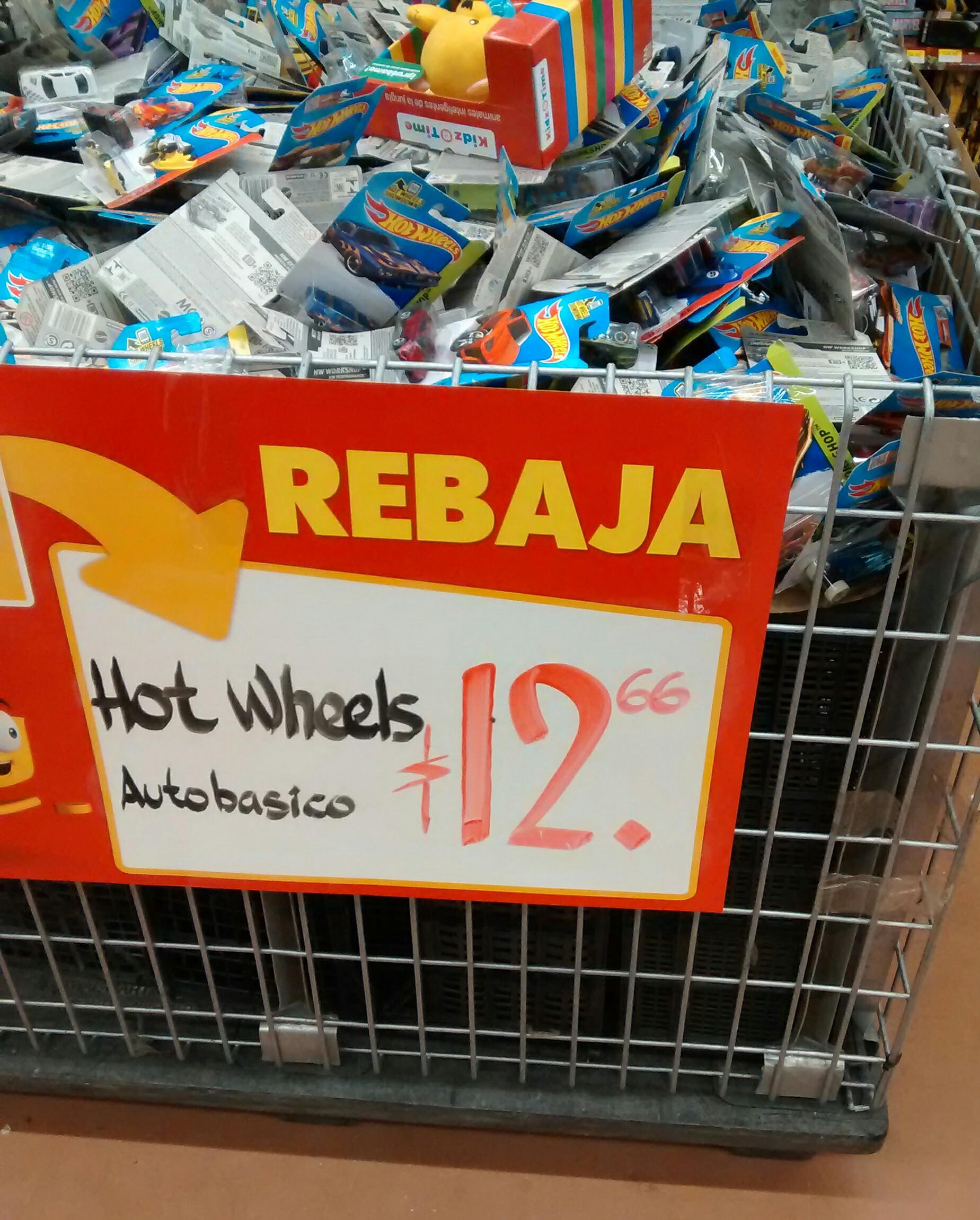 Walmart: Hot Wheels auto basico a $12.66