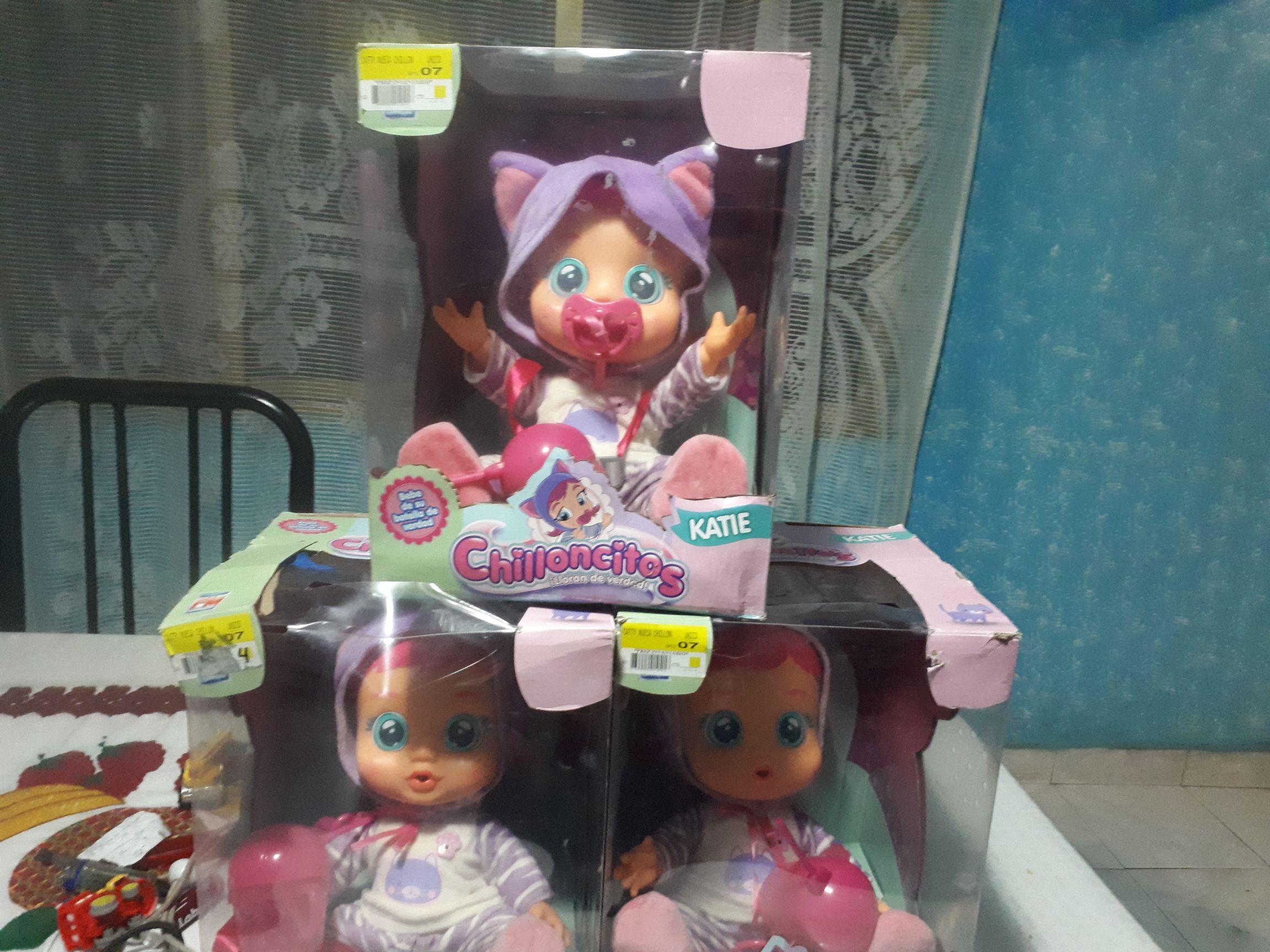 Walmart:  liquidación Muñecas chilloncitos