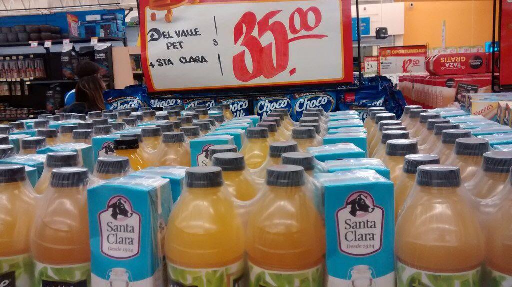 Walmart: Dos litros jugo y un litro leche santa clara a $35