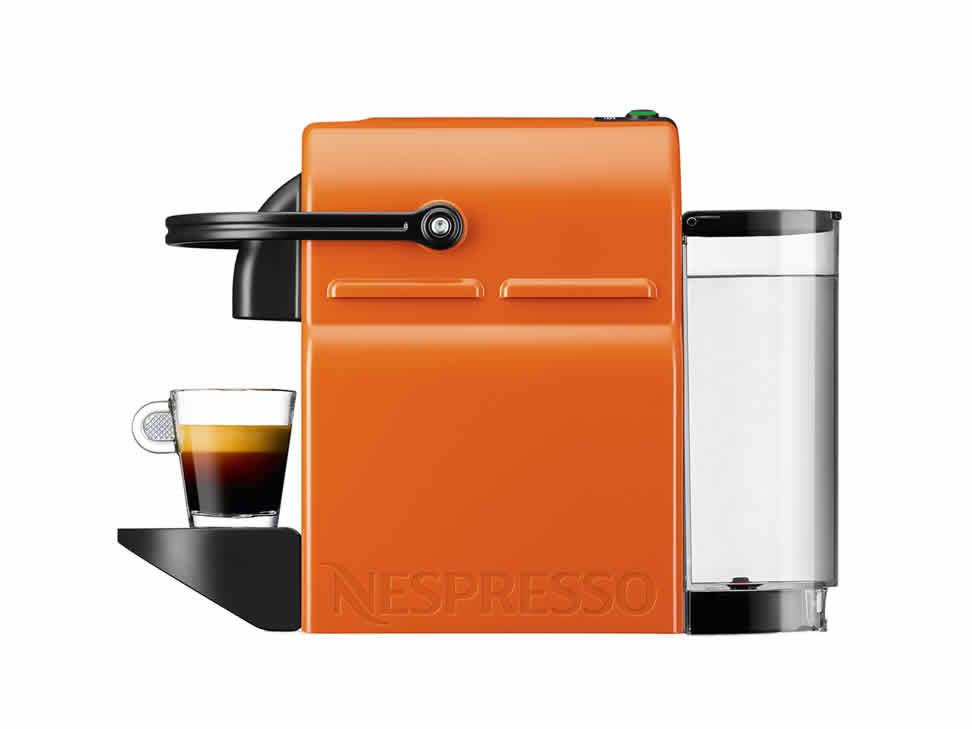 Liverpool: Nespresso Combo Inissia + Aeroccino 3 + 16 cápsulas a $1,742