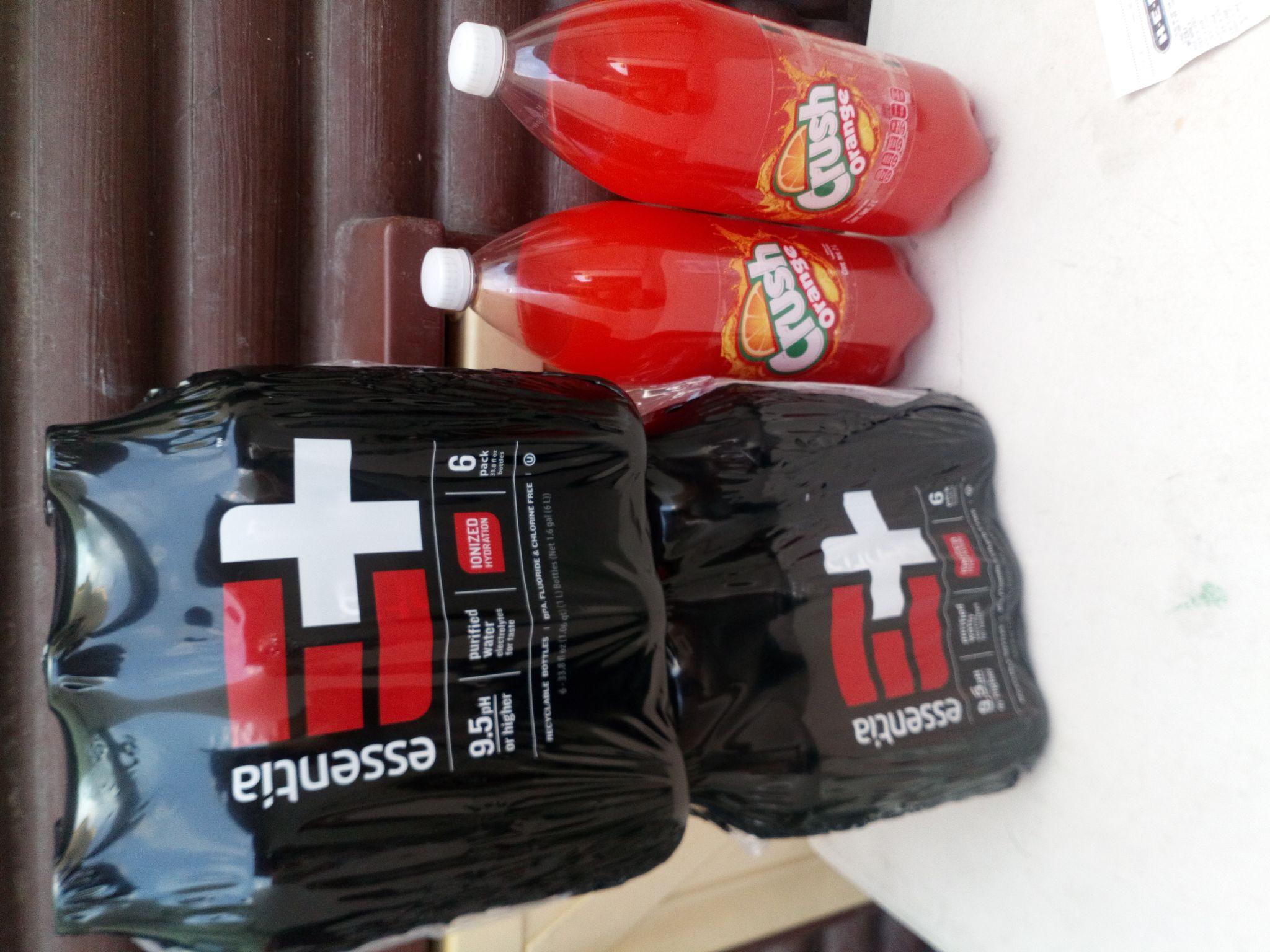 HEB: combo loco comprando 2 refrescos de 2, 2.5 lts gratis dos paquetes de agua alcalina