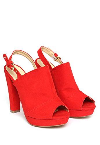Amazon: Sandalia para Mujer rojas marca West Avenue -50%