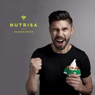 En Nutrisa promoción 2×1 en helado suave doble + vaso mundialista