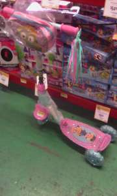 Walmart: Triscooter Minions a $325.02