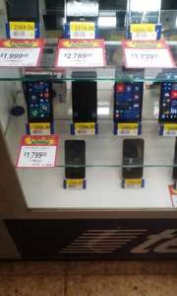 Bodega Aurrerá: Smartphone Nokia Lumia 630 a $1,399.03