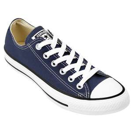 Netshoes: Converse Chuck Taylor choclo Azul Marino, muchas tallas.