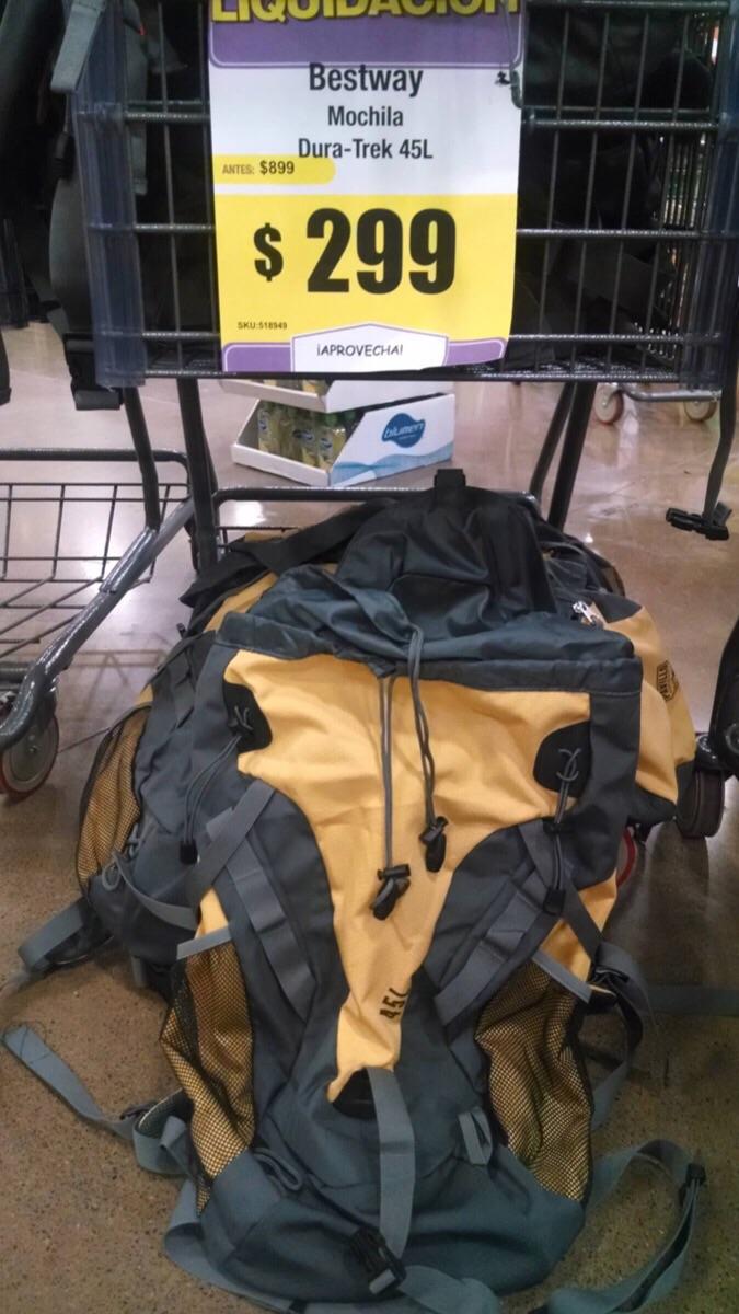 HEB: mochila de campismo capacidad 45L a $299
