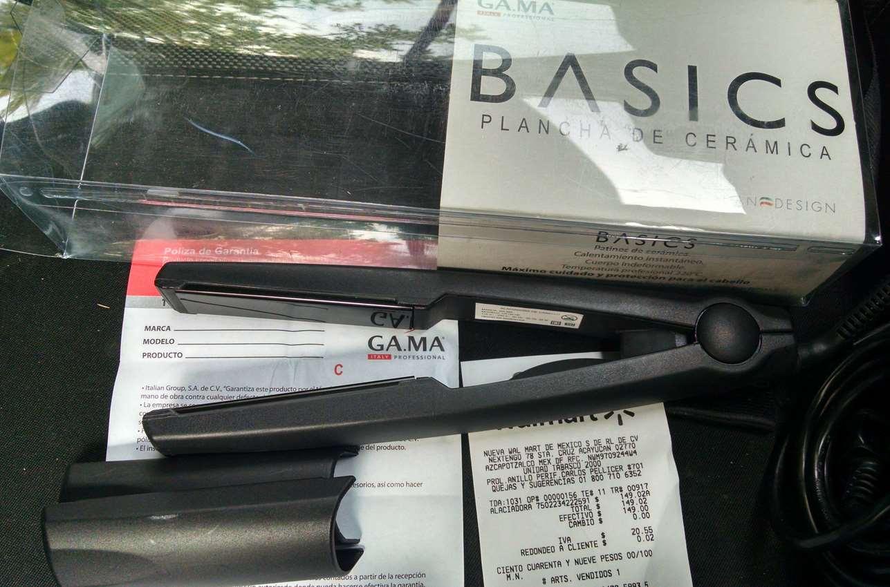 Walmart: Plancha para alaciar Ga•ma Italy $149.02