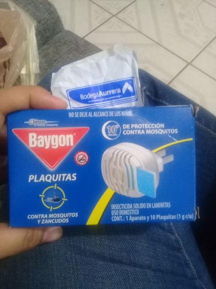 Bodega Aurrerá: Baygon plaquitas mas aparato y folicure