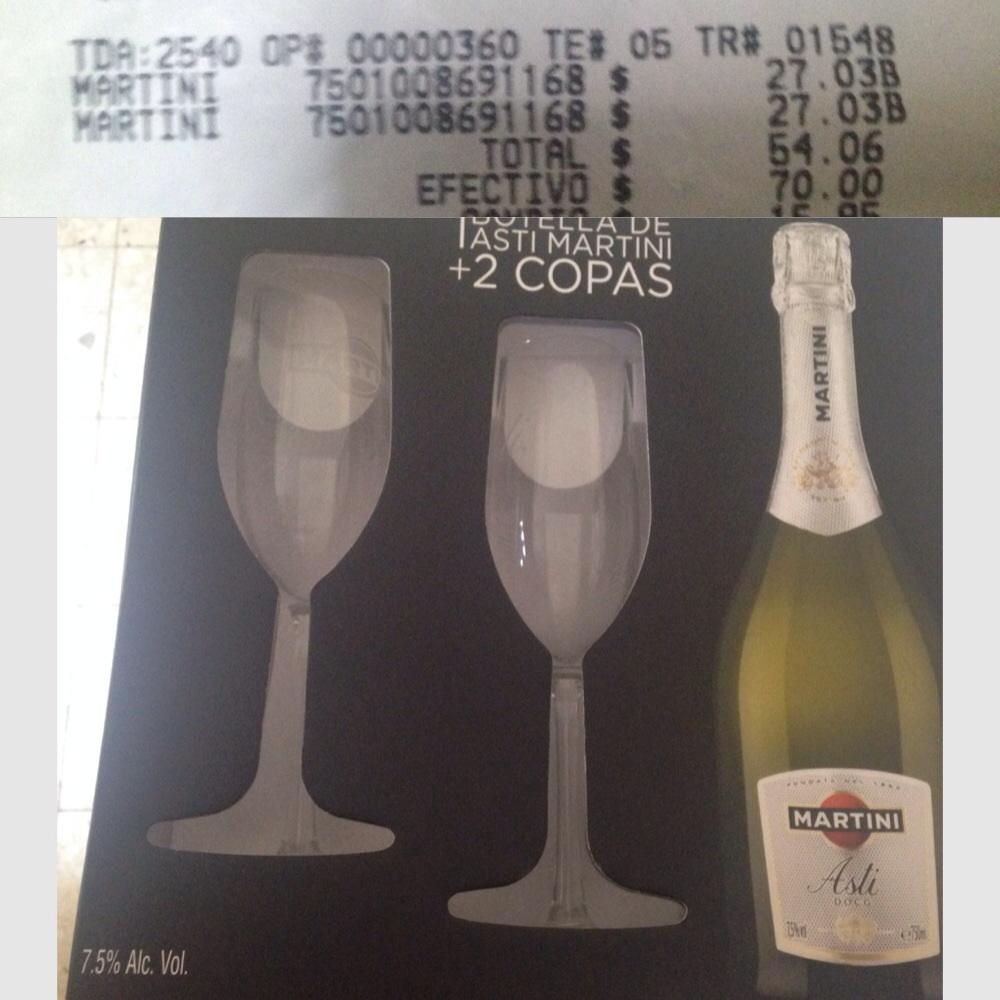 Walmart : Estuche de Martini y copas $27.03