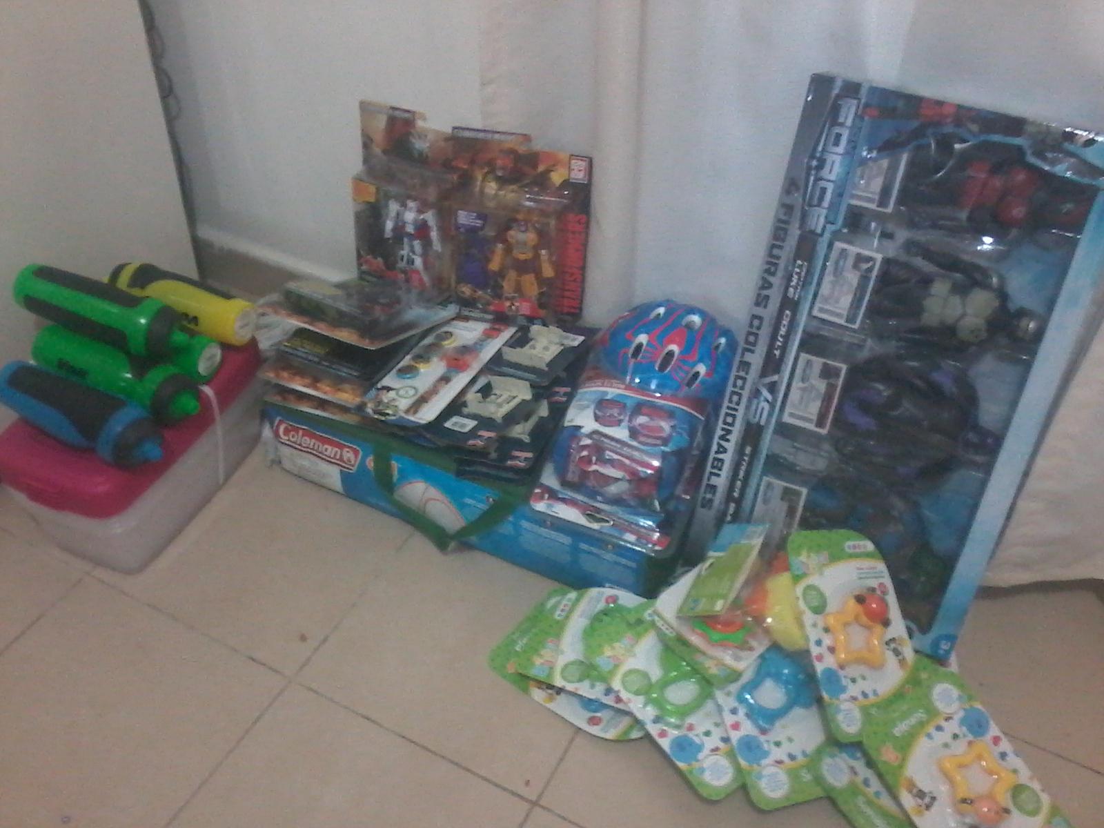 Bodega Aurrerá: Casa de Campaña Coleman para 3 personas 149.01 y Promoconsejos liquidaciones