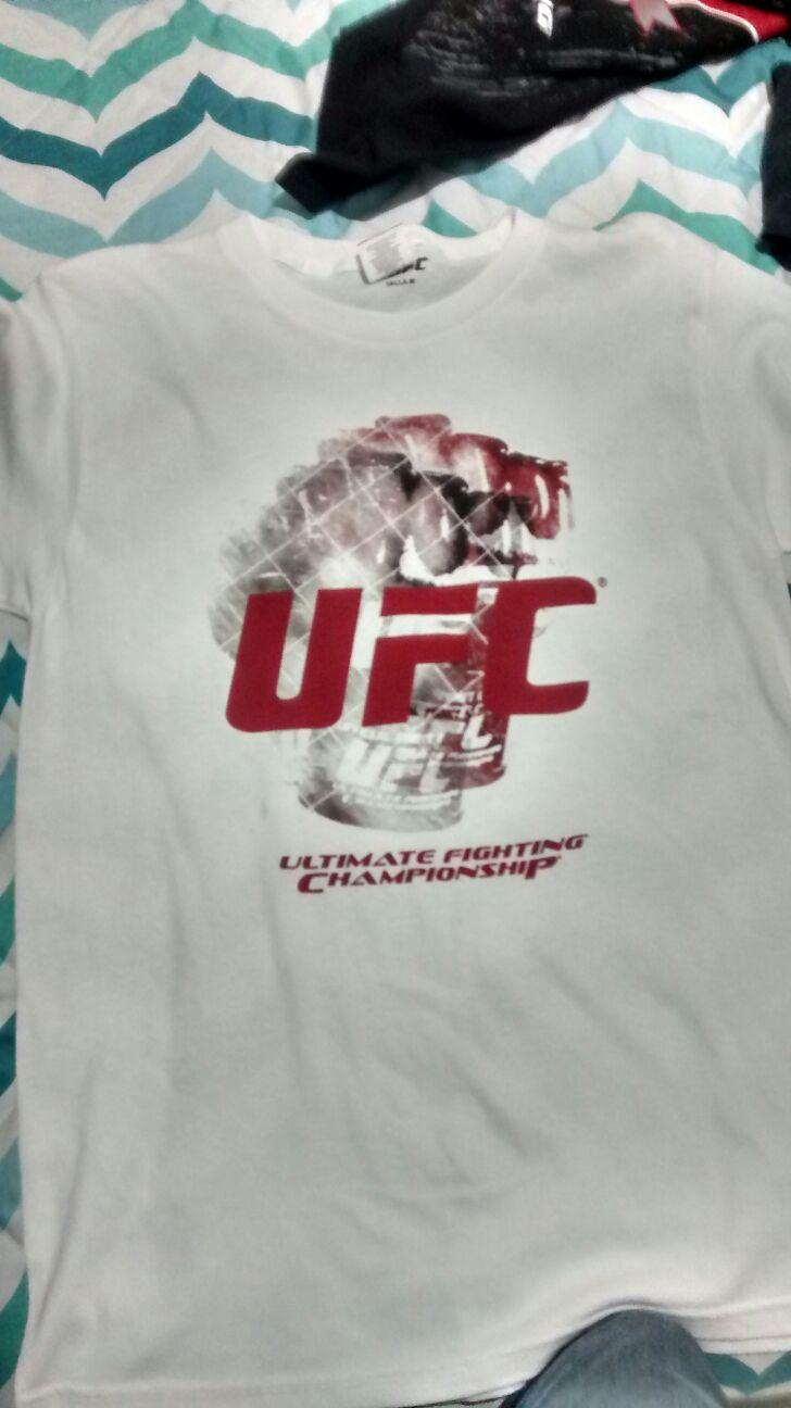 Walmart: Playeras de la UFC en $30.02