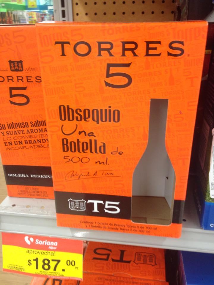 Soriana: Torres 5 700ml con una botella de 500ml de REGALO