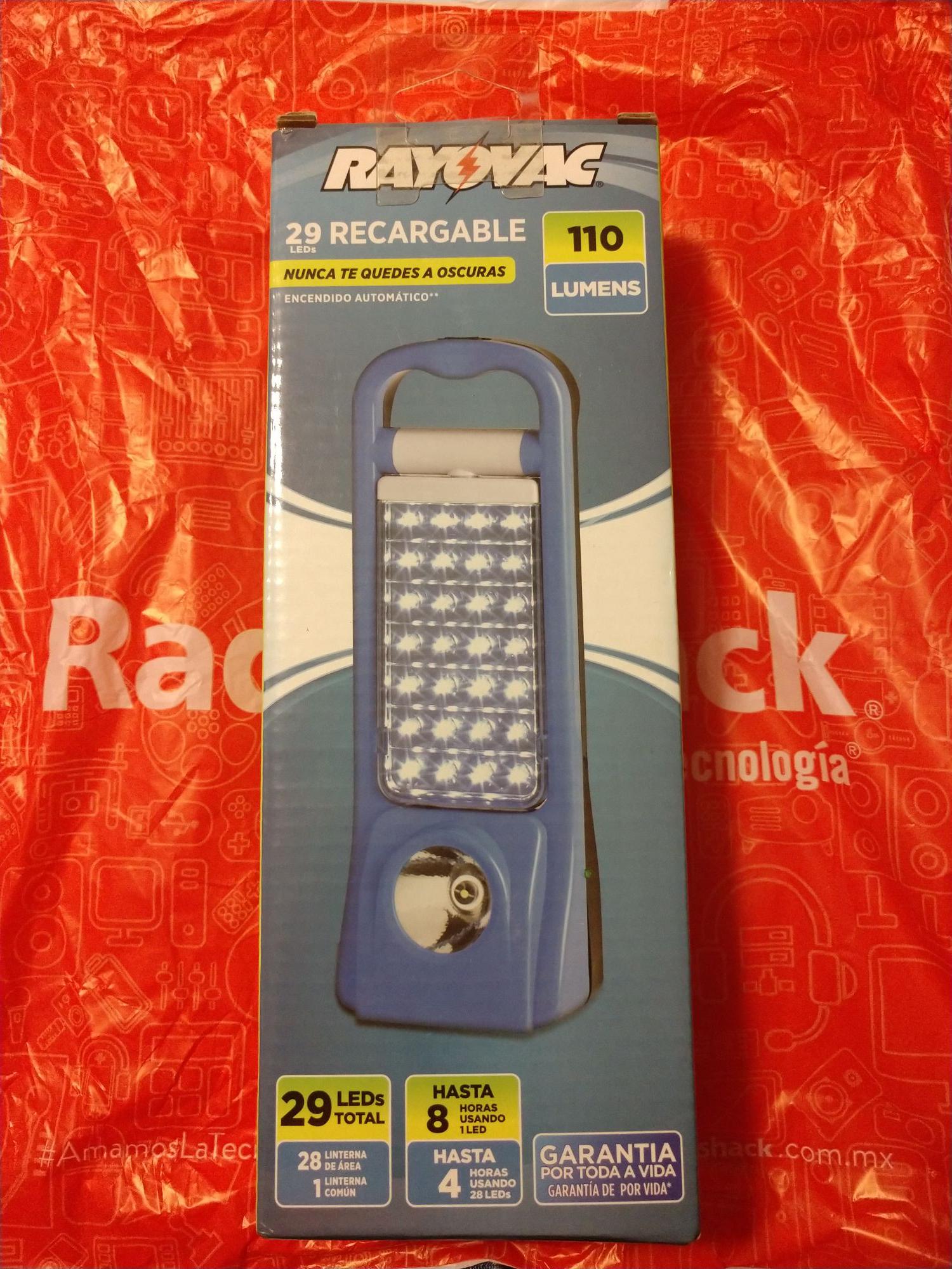 Radioshack: Linterna recargable de emergencia 29 LEDs RAYOVAC en liquidación $55.90