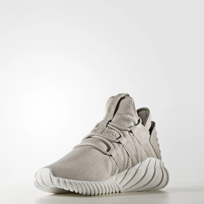 Adidas: Tenis adidas Tubular Dawn con el 50% de descuento
